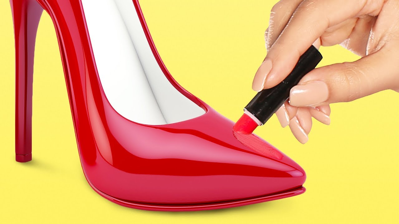 21 COOL SHOE HACKS YOU HAD NO IDEA ABOUT