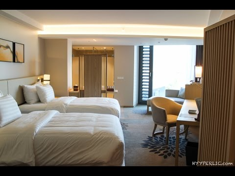 new century hotel frankfurt offenbach room tour youtube. Black Bedroom Furniture Sets. Home Design Ideas