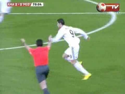 Video Ronaldo hăng máu -đánh nguộ