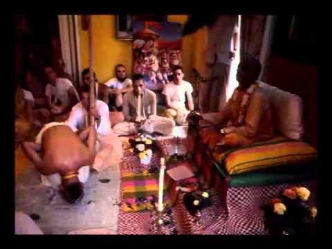 Krishna Consciousness Turns This Material Body Into Spiritual Body - Prabhupada 0642