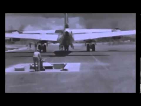 原子爆弾の運搬から長崎市に投下までの映像