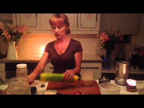 RAW creamy cheesy salad dressing | nighttime with dara | dara dubinet