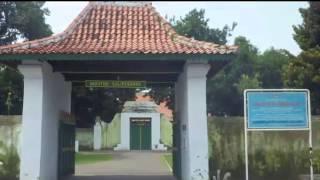 Keraton Cirebon Kasepuhan Wisata Sejarah yang Penuh Mistis