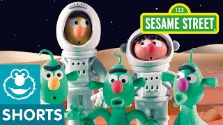 Sesame Street: Planet Bert | Bert and Ernie's Great Adventures