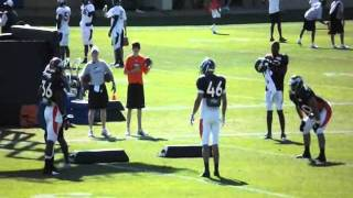 tebow and broncos at practice august 9th 1 2