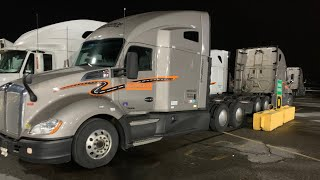 Schneider 2017 Kenworth T680 Truck Tour