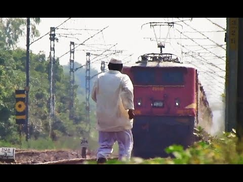 Loco Pilot gets angry on the careless man    3 in 1 WAP4 action