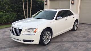 Chrysler 300 2011 Videos