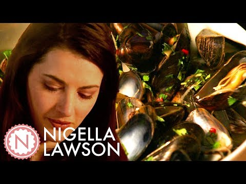 Nigella Lawson's Southeast Asian Mussels