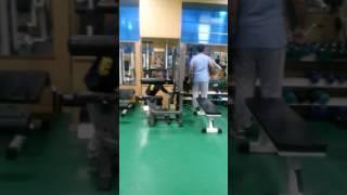 видео Мой первый день в тренажерном зале.