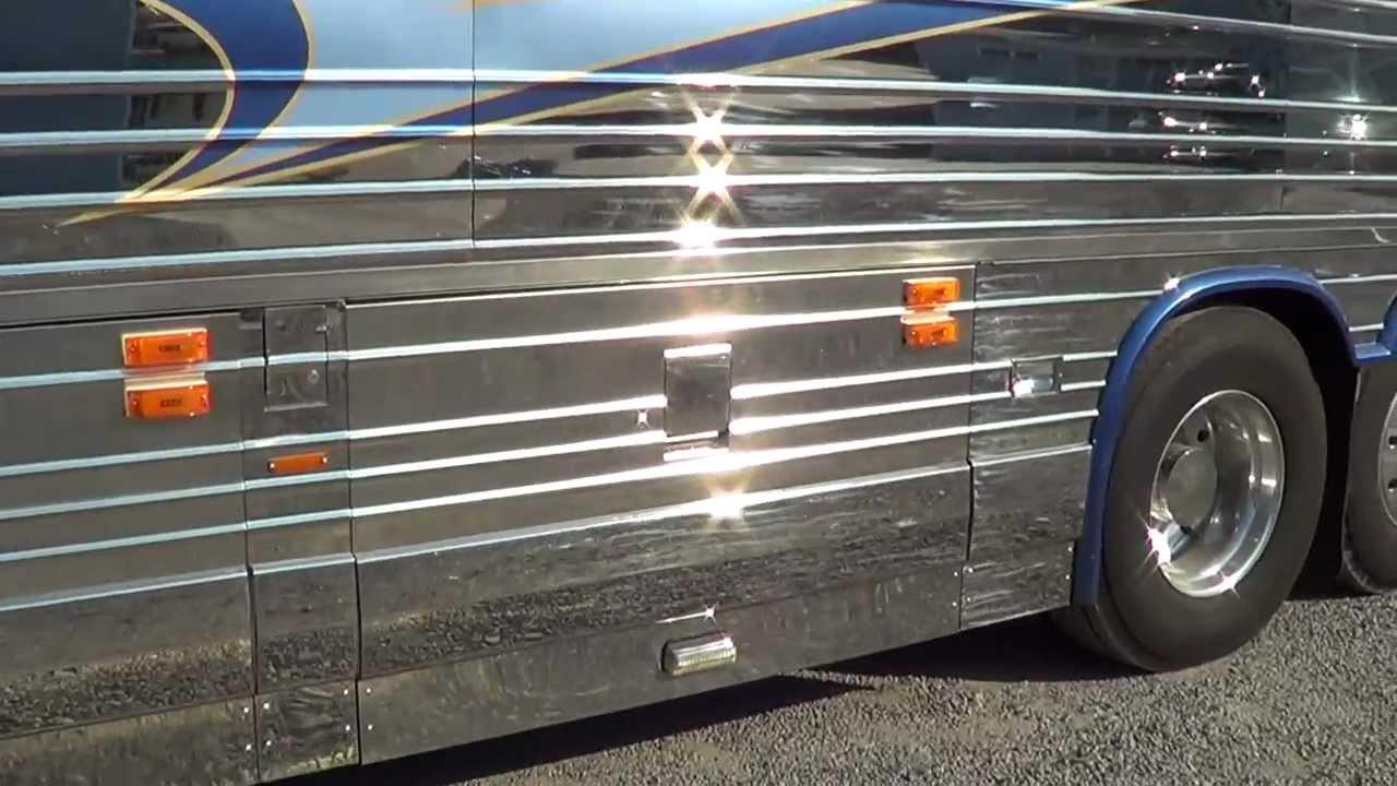 Northwest Bus Sales 2000 Prevost Motor Home Vantare