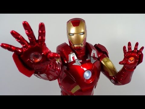 NECA 1/4 Scale Iron Man Mark 7 The Avengers 18 Inch Movie Figure Review Travel Video