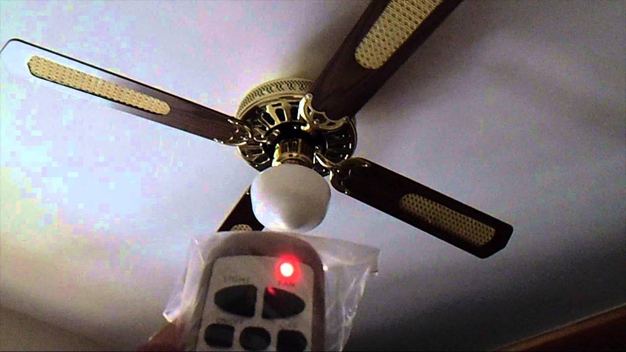 Funzionamento Ventilatore Con Quattro Pale In Legno Luce E Telecomando