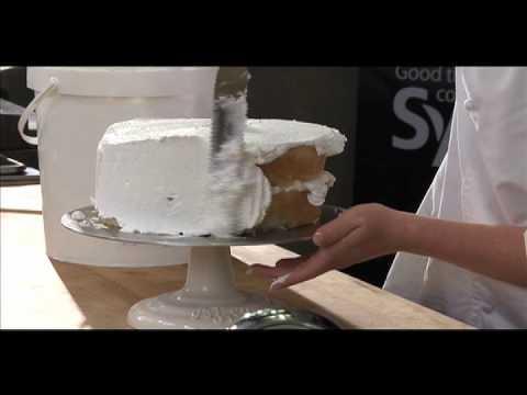 Cake Decorating Made Easy - YouTube
