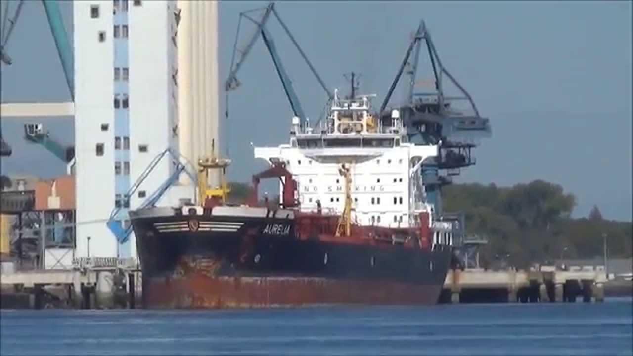 Aurelia cargo port de commerce de lorient p trolier for Chambre de commerce lorient