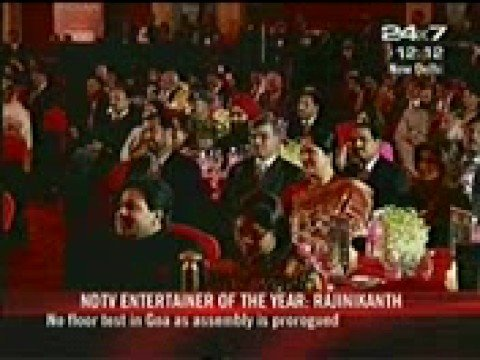 Rajni and Shah Rukh in NDTV Indian of the year Award ceremon