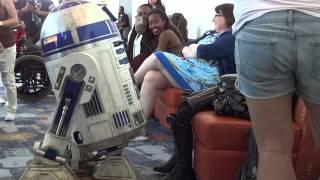 Star Wars Celebration 2015 R2-d2 Trying To Wake Up Sleepy Kid