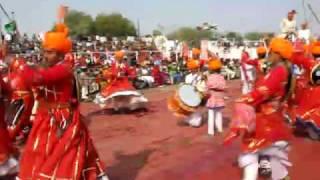 Gair Ghoomar-Performed By Both Men   Women on Camel festival Bikaner india 2009