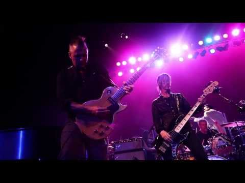 """Walking Papers - Live at Seattle's Moore Theater - """"The Whole World's Watching"""""""