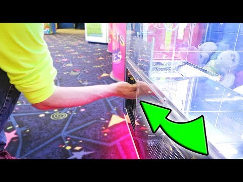 Thumbnail: You Have NEVER Seen A CLAW MACHINE Like This BEFORE!!!