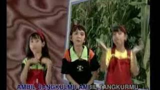 Menanam Jagung - Lagu Anak-Anak Indonesia.flv