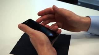 Sony Xperia Z1 Compact - первый взгляд(Самое главное, что вам нужно знать про это устройство - по характеристикам он абсолютно такой же, как и Sony..., 2014-01-07T04:35:21.000Z)