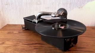 Peter Pan Gramophone c 1926 Joseph Samuels Orchestra