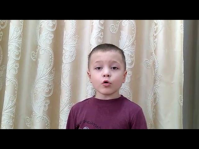 Изображение предпросмотра прочтения – АлексейГрабин читает произведение «Я спросила у кукушки» А.А.Ахматовой