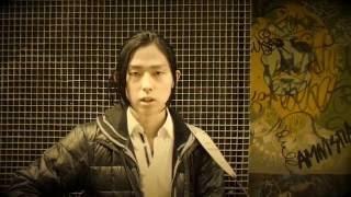 作詞/作曲:手塚日南人 映像:手塚日南人とサラマンカの仲間たち Música...