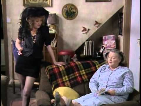 Keeping up Appearances  Series 2, Episode 7