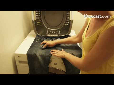 How to Remove Mildew from Clothing