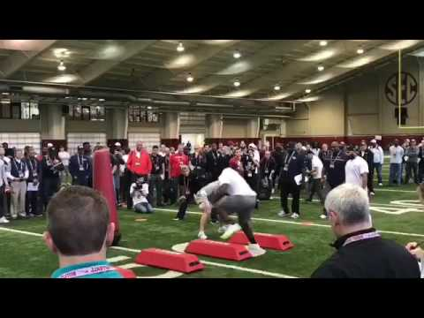 Jonathan Allen and Davlin Tomlinson compete at the 2017 Alabama Pro-Day