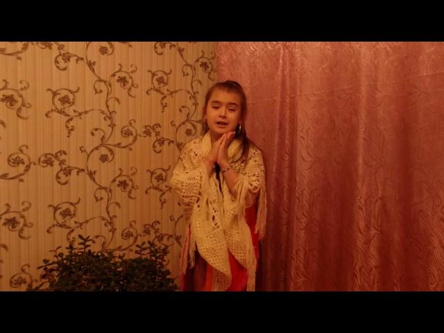 Изображение предпросмотра прочтения – АлинаОвинкина читает произведение «Стрекоза и Муравей» И.А.Крылова