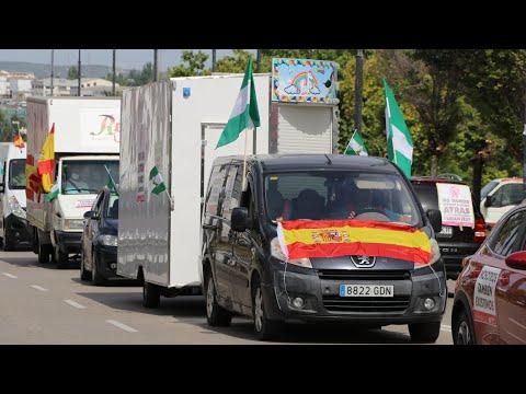 VÍDEO: La marcha rodada de los feriantes para exigir soluciones a la parálisis del sector