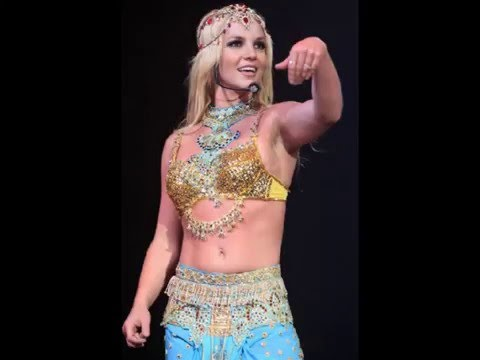 Britney Spears - Me Against The Music *(OFFICIAL Circus Tour Bollywood Remix)*