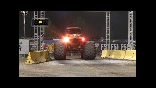 Grave Digger vs Zombie Monster Jam World Finals Racing Round 2 2016