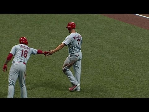 STL@MIL: Peralta brings home Holliday with sac fly
