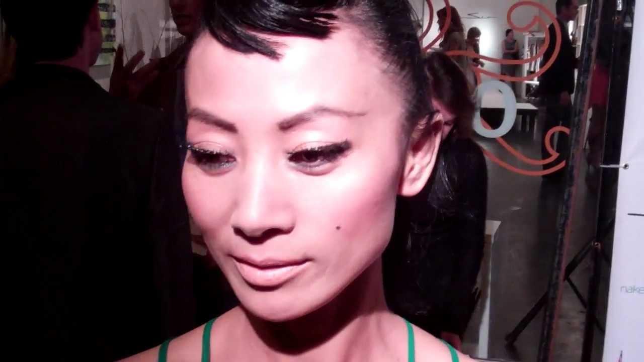 Bai Ling interviewed by Johnny V at Setorii Fashion Show ...