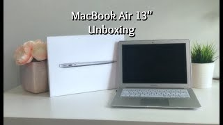 "MacBook Air 13"" (2017) Unboxing!"