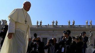 احداث هيئة في الفاتيكان لمحاكمة القساوسة في علاقتهم بقضايا الانتهاكات الجنسية   11-6-2015