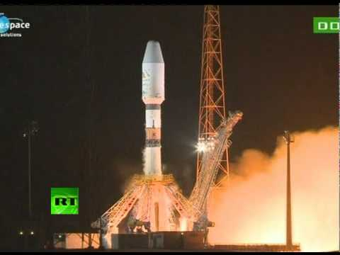 Video: Launch of Soyuz rocket with 6 satellites in French Guiana