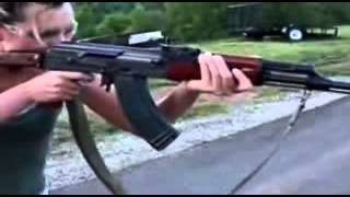 Женщина с оружием(Самые свежие новости со всего мира!!! Подписывайтесь на канал!!! www.youtube.com/channel/UCr99lFVOzK_ghlnvyOVksMw., 2015-04-02T08:21:52.000Z)
