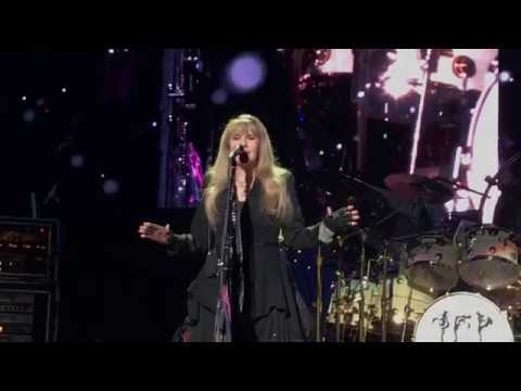 Fleetwood Mac clip of Landslide at Madison Square Garden on 3-11-2019 Mp3