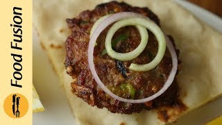 Kachay Qeema ka Kebab with Naan & Tomato chutney recipe By Food Fusion