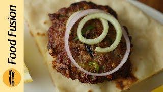Kachay Qeema ka Kebab with Naan & Tomato chutney recipe By Food Fusion