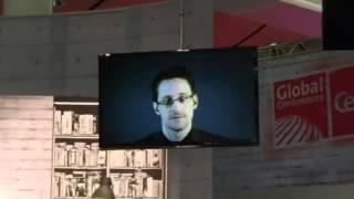 Edward Snowden auf der CeBIT 2015