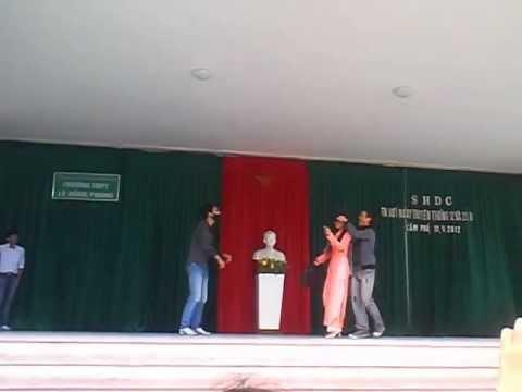 Sinh hoạt dưới cờ 12A1 - THPT Lê Hồng Phong - Cẩm Phả - Quảng Ninh