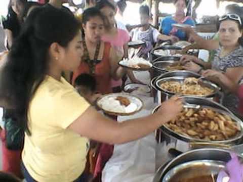 Akeisha Xania Yvonne`s 1st Birthday P5-Food Being Serve-My Edited Video