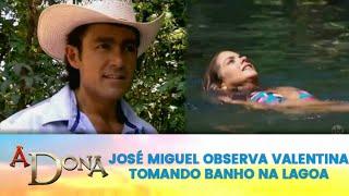 A Dona - José Miguel observa Valentina Tomando Banho na lagoa