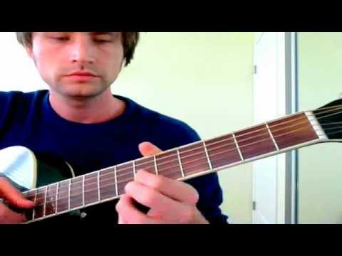 how to play d major on guitar